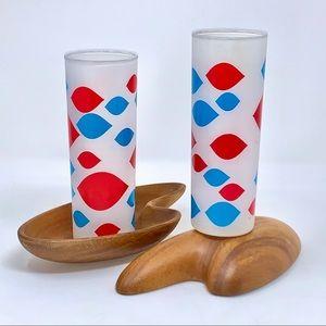 v i n t a g e :: 2 Atomic 60s Dairy Queen Glasses